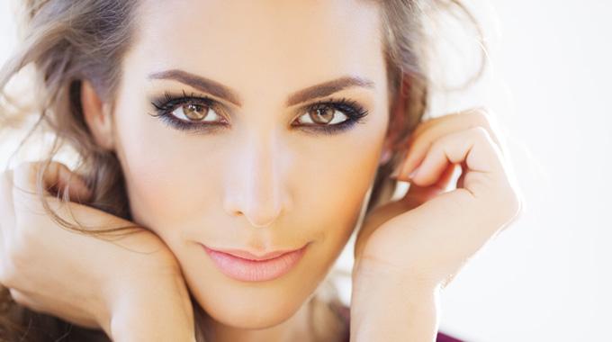 Augen Grosser Schminken Tipps Und Tricks Beauty Tipps Blog Orphica