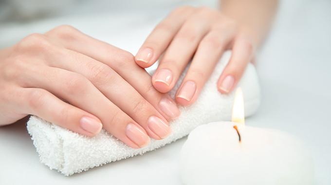 Fingernägelpflege